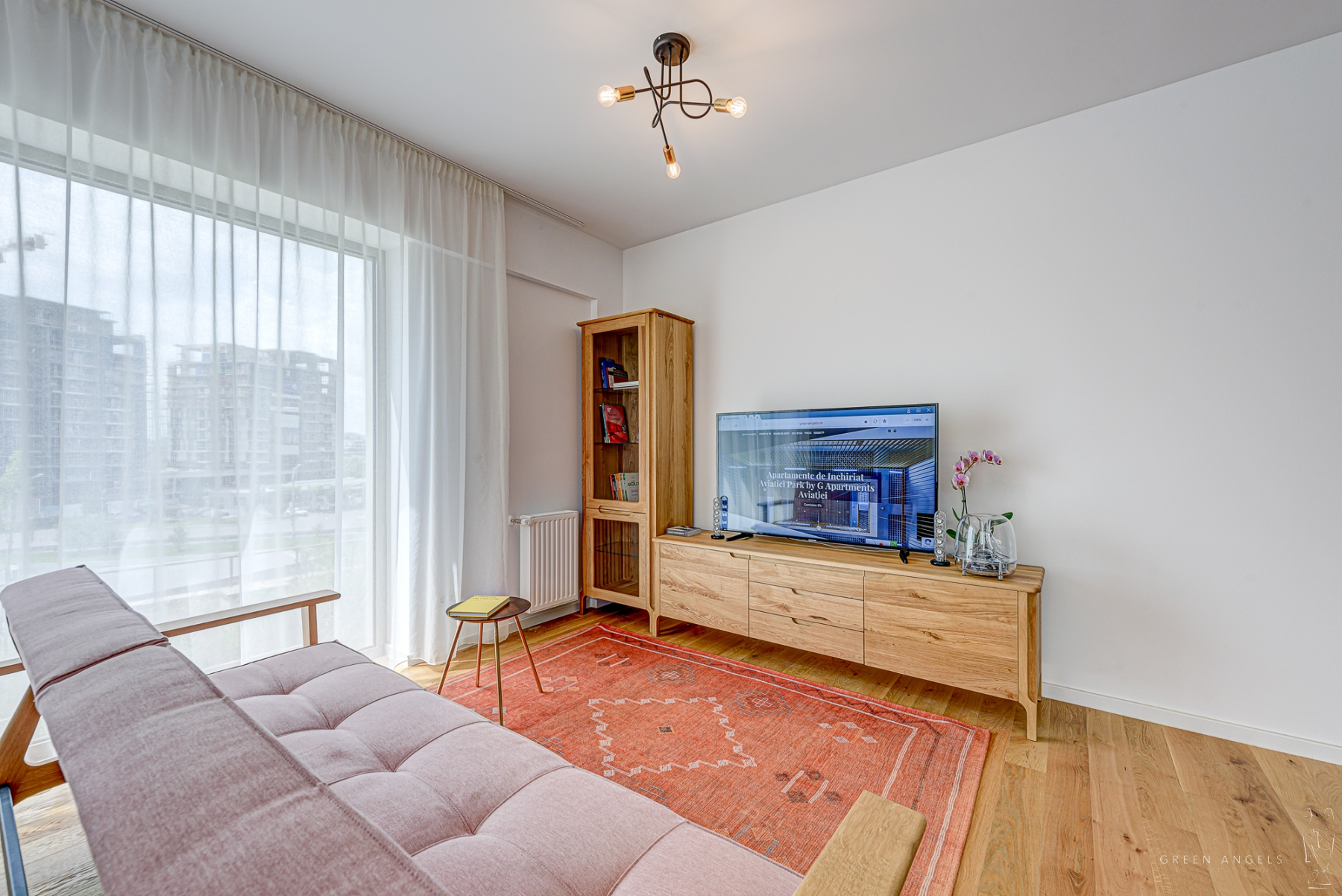 Apartament cu 3 camere de inchiriat in Aviatiei Park
